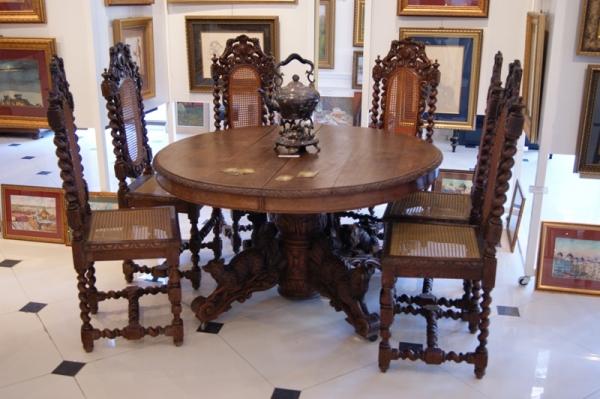 Стол со стульями в Бретонском стиле, Европа XIXв.