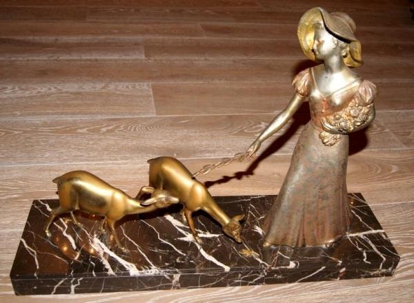 """Скульптура """"Девушка с косулями"""", XIX в. Европа"""