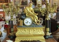 """Каминный сет часы """"Мыслитель"""" и парные канделябры, Европа нач. ХIX в."""