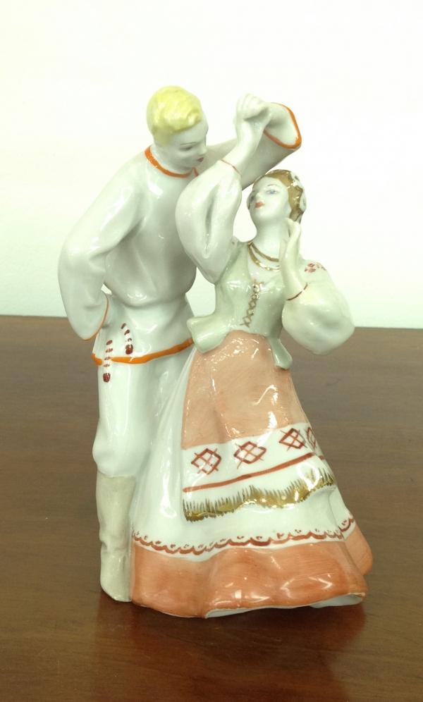"""Статуэтка """"Белорусский танец"""""""