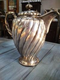 Кувшин серебряный, Европа, материалы: серебро 800 пр., вес 757 гр., высота 24 см.